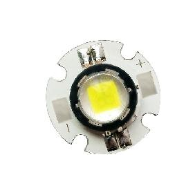 Wholesale SSC P7 LED Light White 10W 900 Lumens 3.6V-4.2V New